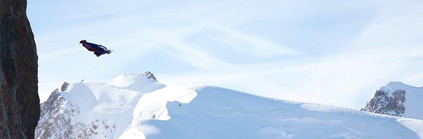 Base-Jump extrem pur - Jeb Corliss Präzisionsflüge